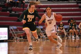 Out-Numbered Eagles Fall To Yellow Jackets