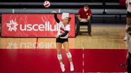 Huskers Storm Past No. 5 Minnesota In Sweep